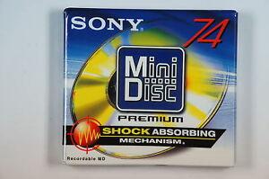 14 Sony MDW-74D