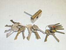 TRELOCK Türzylinder 30/30 mit 20 Schlüssel