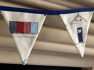 BLUE BEACH HUTS SEASIDE FABRIC BUNTING 200CM 8 FLAGS 12 CM X 15 CM FULLY LINED
