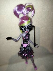 Monster High Moanica D'Kay - Welcome To Monster High. ANOTHER MINT MEAN GHOUL!