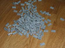 Lego space castle starwars 200 plates avec tenon grises en bon état (kg)