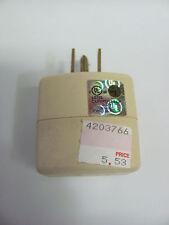 NEW Cooper 1482V Ivory Triple Tap Cube Adapter Grounded Power Splitter 15A 1482