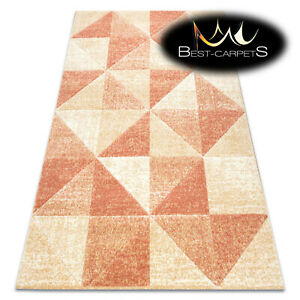 Thick Quality Modern Design Densely Soft Rugs FEEL Triangles beige terracotta