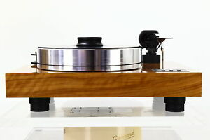Pro-Ject Xtension 10 Evolution Turntable in Olive with three months warranty