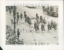 1928 Scottish Bagpipe Band Marching in Parade Press Photo