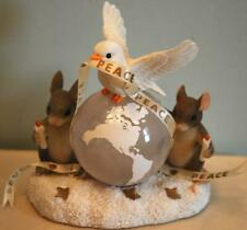 Charming Tails 'World Of Good Wishes' Dean Griff Mouse & Dove Christmas Figurine