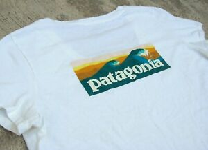 Patagonia Wave Logo T-Shirt Women's L Organic cotton Cool Daily Graphic