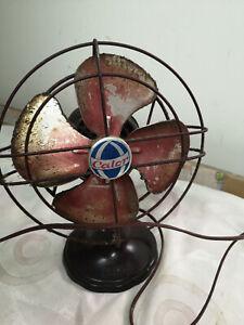 ancien petit ventilateur vintage Calor en bakélite