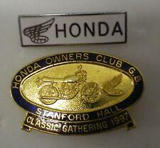 HONDA Enamel Lapel Pin Badges x 2 OWNERS CLUB G.B. MotorCYCLE MotorBIKE MOTORING