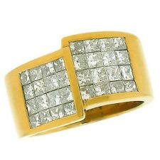 2.25ctw INVISIBLE SET PRINCESS CUT DIAMOND LADIES RING IN 18K YELLOW GOLD.