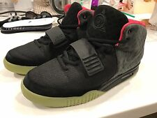 Pre-owned 100% authentic Nike Air Yeezy 2 solar red black sz 8.5