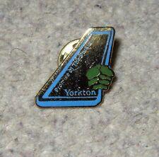 Yorkton (Saskatchewan, Canada) Pin Badge - Metal - Vintage ~1987