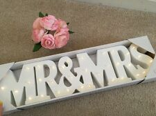 In legno e Mr & Mrs LIGHT Up LED sign tabella Decorazione indipendente
