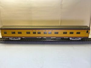 Walthers Cities Series Union Pacific UP 11 Dbl Double Bedroom Sleeper HO car # 2