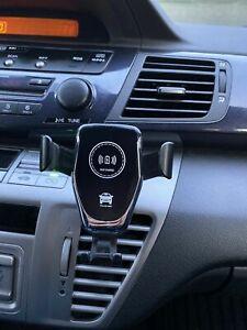Handyhalterung KFZ Auto schnell Ladestaion Wireless Charger Qi Induktion 10W