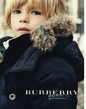 PUBLICITE ADVERTISING 104  2009  BURBERRY  mode pret à porter enfants