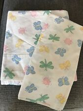 THE COMPANY STORE BUGS AND BUTTERFLIES, TWIN FLAT SHEET AND PILLOWCASE