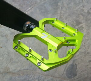 ENZO Road Mountain MTB XC Bike Pedal 3 Bearing Steel Flat-Platform Pedals Green