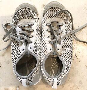 Keen Footwear Women's Lace-Up Beige Mesh Trainers Contour Arch Size 7