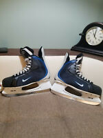 NIKE Quest V-TI Hockey Skates
