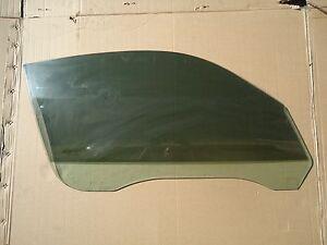 99-05 996 PORSCHE 911 PASSENGER RIGHT DOOR GLASS TINTED OEM