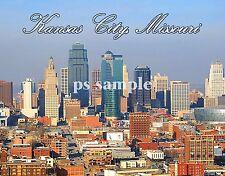 Missouri - KANSAS CITY - Travel Souvenir Magnet