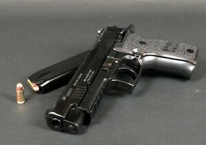 High Precision Min Model Gun P226 - Black (Shell Eject) For Display Only