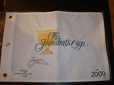 Zach Johnson Signed 2009 President's Cup Golf Flag PSA/DNA Harding Park #2