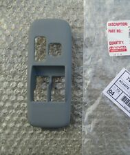 98 - 03 TOYOTA SIENNA DRIVER LEFT MASTER WINDOW SWITCH TRIM BEZEL GRAY OEM NEW