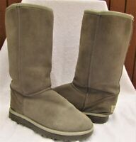 UGGS women's classic tall tan/grey boots size 10 W. 5815