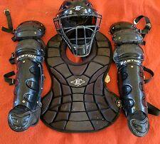 Easton Natural Intermediate baseball catchers gear set Age 13-15 Black