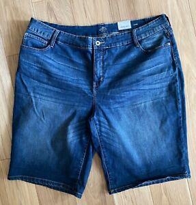 NWT St John's Bay Mid-Rise Denim Jean Bermuda Shorts size 24W