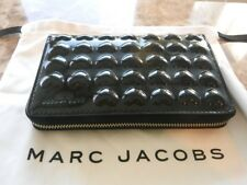 MARC JACOBS Embossed Solid Heart Patent Leather Wallet Phone Wristlet - NWT