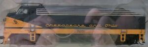 WalthersPROTO 920-40915 Chesapeake & Ohio (C&O) Phase 2 Low Wave F7A DCC & Sound