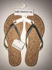 977542f36cf79 LIZ CLAIBORNE Women s Flip Flops Sandals GOLD Size 7 NWT Summer Beach Pool  ...