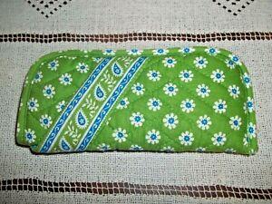 Vera Bradley Double  Eye Glass Soft Case Green With White~Blue Flowers
