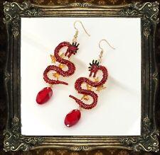 Boucles d'Oreilles Crochet Plaqué Or Doré Rouge Cristal Email Dragon Goutte QD3