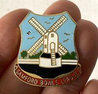 Vintage Metal Enamel SAMFORD BOWLS LEAGUE Bowling Club Association Pin Badge