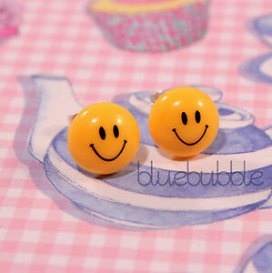 FUNKY YELLOW SMILEY FACE EARRINGS HAPPY CUTE RETRO EMOJI FESTIVAL 80s 90s DANCE