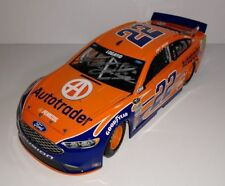 2016 LIONEL Joey Logano signed Auto Trader Ford Fusion NASCAR 1/24 Diecast
