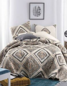 """Tiles Multicolored Geometric Cotton King Quilt 92"""" x 108"""" Hand Quilted"""