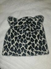 Girls/Pre Teen Snow Leopard Cold Weather Hat. Brand New With Tag
