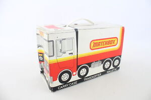 24 x Vintage MATCHBOX Diecast Toy Models In Original Collector's Carry Case