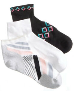 F74 Hue Women's 3-Pk. Air Sleek Quarter-Top Cushioned Socks - Size 9-11