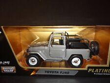 Toyota Land Cruiser Fj40 sans Hard-top Rouge -1/24 MotorMax