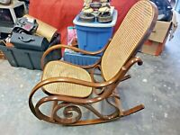 Vintage Bentwood Rocking Chair Rocker Wood Cane Mid Century Modern Thonet STYLE