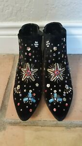 Betsey Johnson Womens Jax Fabric Pointed Toe Ankle Fashion Boots Size 9