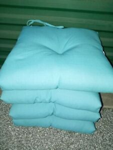 NEW Better Homes &  G Outdoor Seat Cushions Set 4 19 X18 X 4 - 1/2. Teal Green