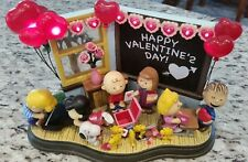 """The Danbury Mint Peanuts Snoopy & Friends """"Be My Valentine""""  Lighted"""