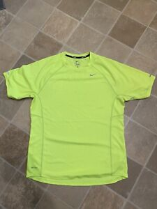 Nike Running Dri Fit T Shirt Size Medium